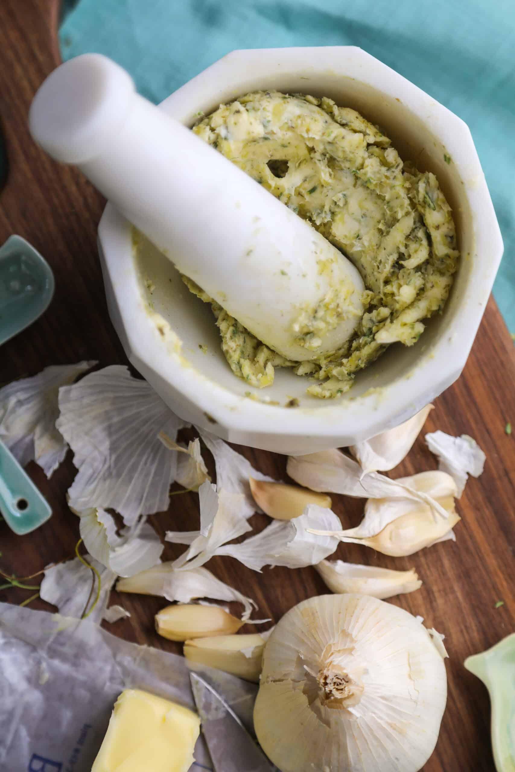 garlic herb compound butter